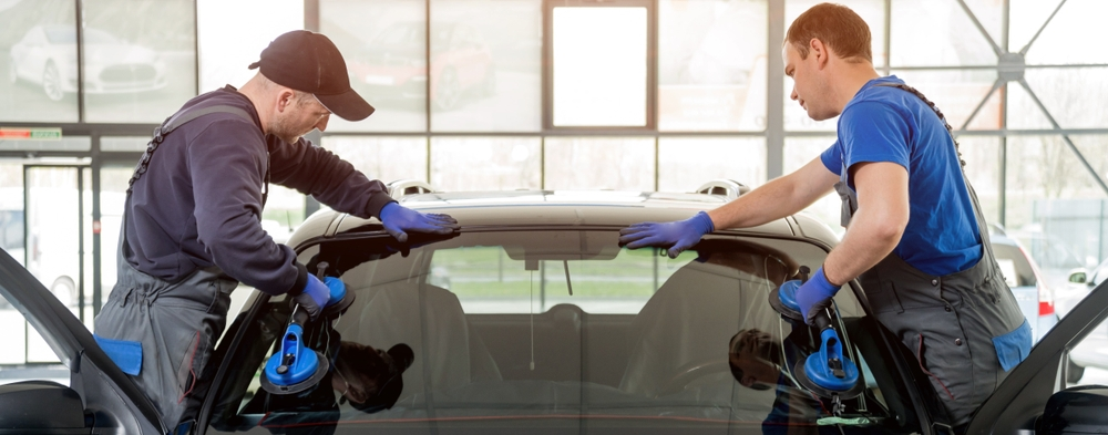 mobile-windshield-replacement-5-essential-signs-you-need-a-windshield-replacement